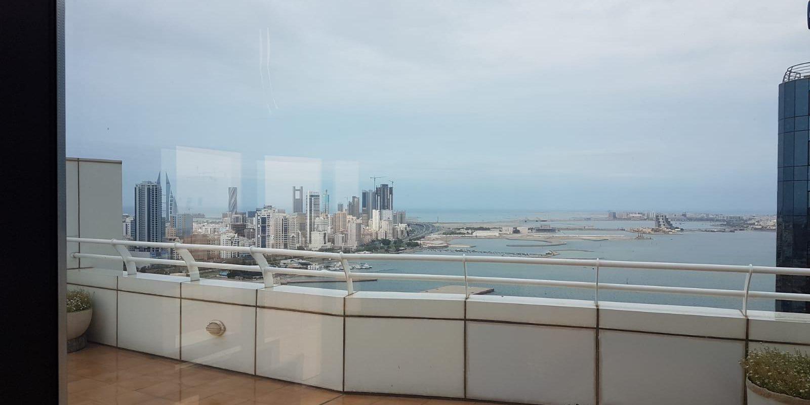 Beautiful & Modern 2 Bedroom Penthouse in Juffair!