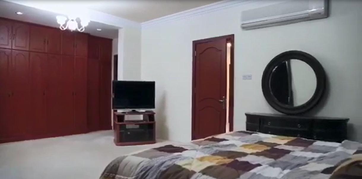 Spacious & Beautiful 3 BR Villa w/ Maid's room in Juffair!