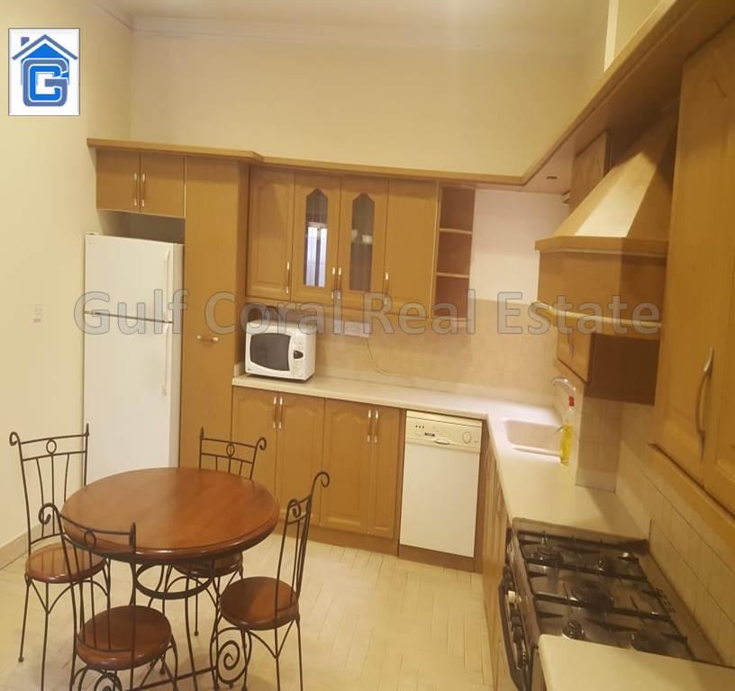 Stunning 2 Levels 4 Bedroom Villa in Juffair!