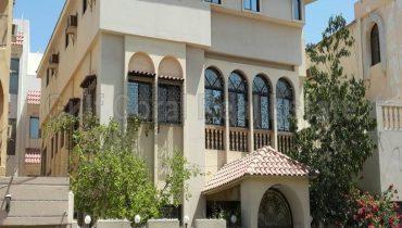 Beautiful 2-storey 5 Bedroom Villa for Sale in Zinj!